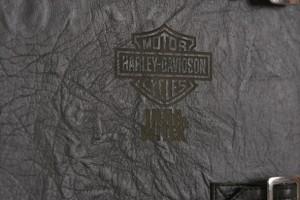 фотокнига эмблема на кожанной обложке