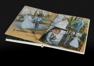 Свадебный альбом с белой кожаной обложкой оформленной двойной прострочкой, 2й разворот