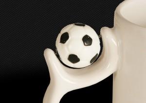 Кружка с мячём, крупно мяч
